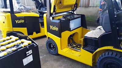 Xe nâng điện Yale