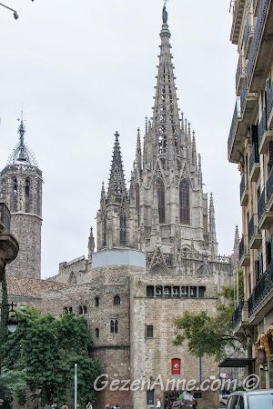 Barri Gotik'te katedral