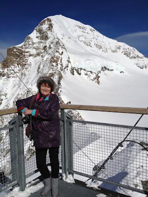 Zoe Dawes, Switzerland