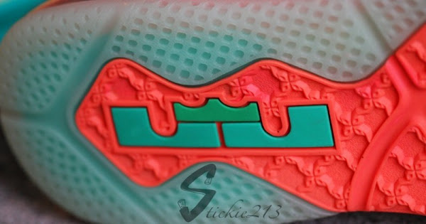 Another Look at LeBron 9 Low Arnold Palmer 8211 Video amp Pics