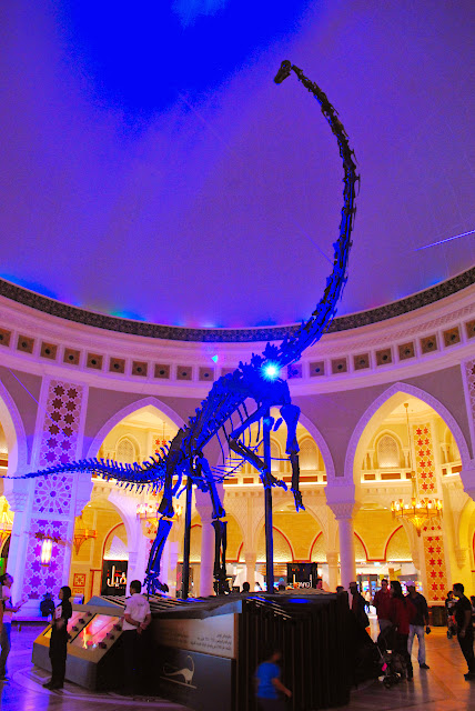servicefromheart travelxp dubai mall uae emirates  dinosaur dubaidino