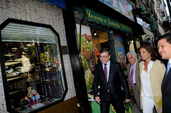 La calle López de Hoyos tendrá aceras más anchas para diciembre de 2014