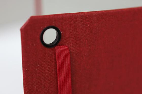 DODOCASE SOLID for iPad miniの外装とカメラホール