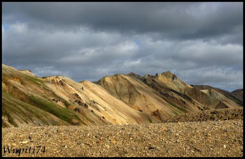 Un tour  d'Islande, au pays du feu... et des eaux. - Page 3 72-Landmannalaugar2