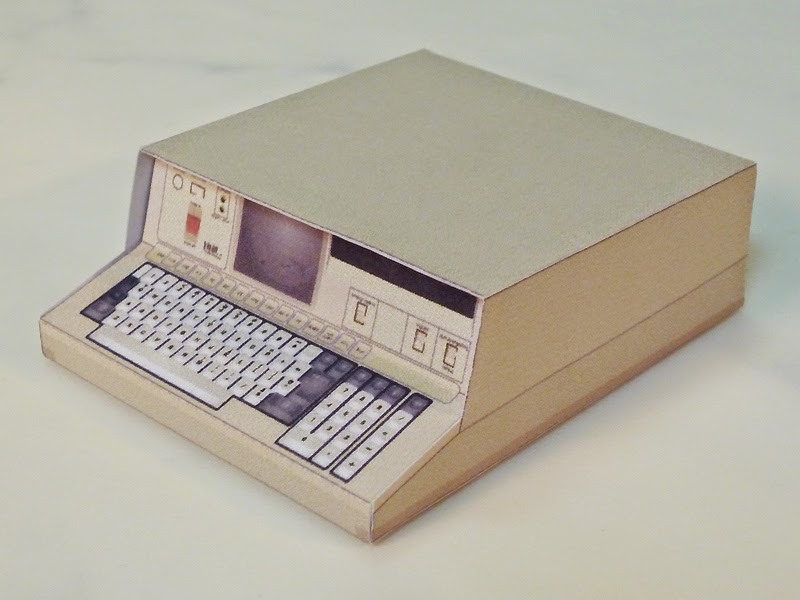 IBM 5100 Portable Computer Papercraft
