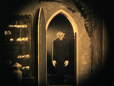 una de las icónicas imagenes de Nosferatu con un soberbio Max Schreck