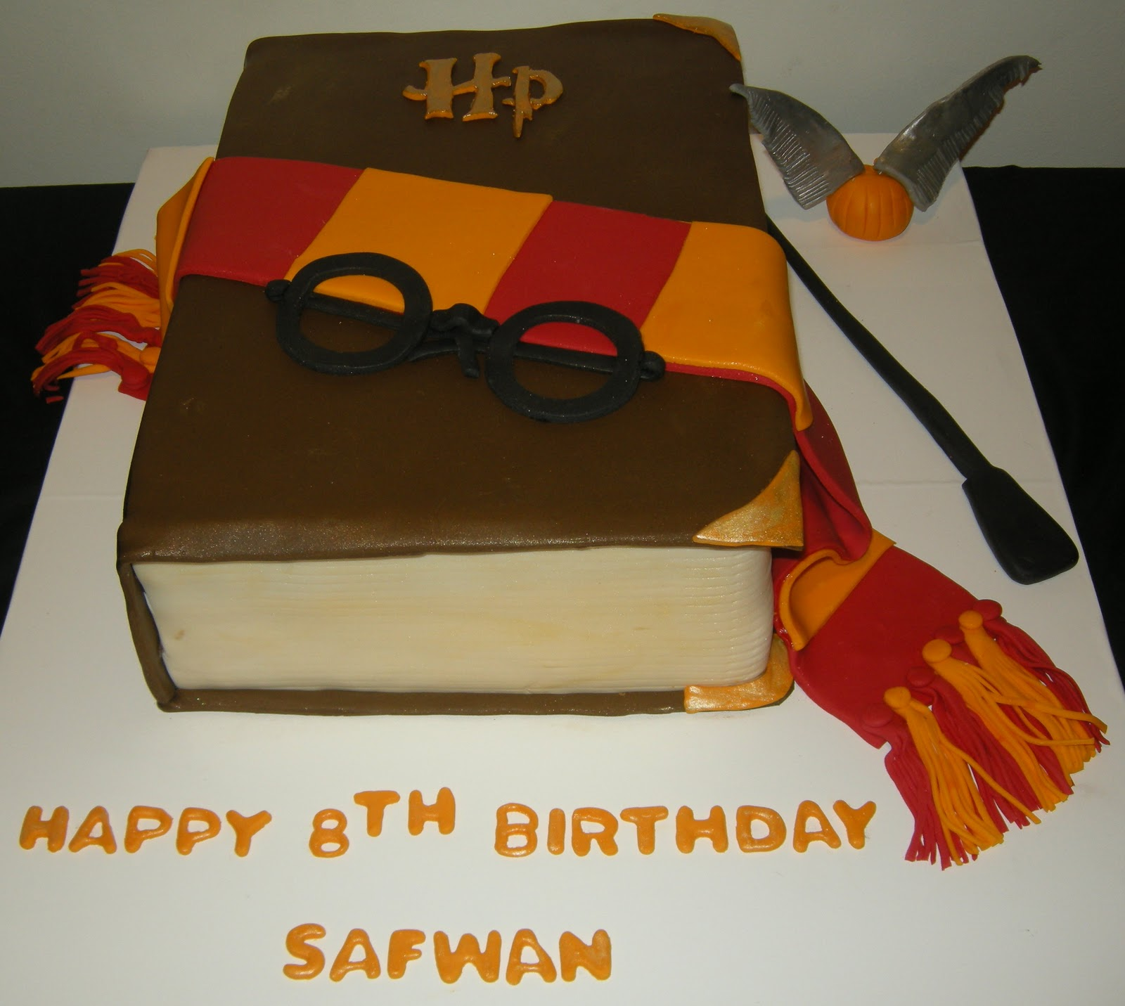 Harshi s Cakes & Bakes Harry Potter theme cake