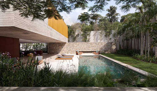 casa_dos_ipes_m260811_r2.jpg (900×524)