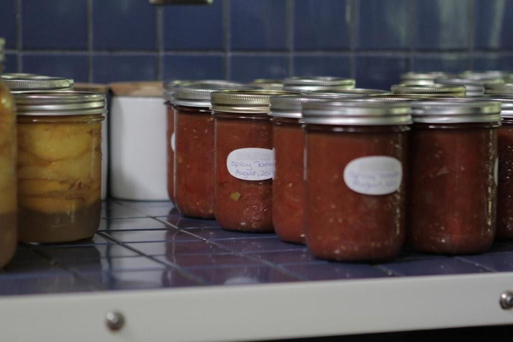 The spicy tomato condiment.