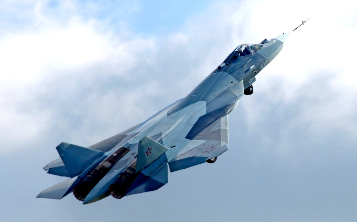 Sukhoi T-50 Jet Fighter Wallpaper 1