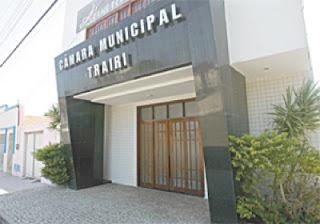 Justiça cassa mandato de prefeita, vice-prefeito e presidente da Câmarade Trairi