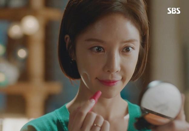 Hwang Jung Eum trong The Undateables: Clio Rouge Heel Velvet màu 11