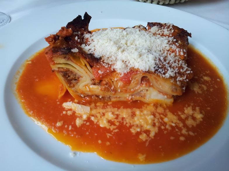 Bild von der Lasagne in der Trattoria da Loretto