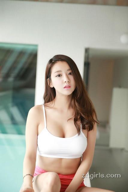 Jung Nari – Cô bạn streamer sở hữu gương mặt búp bê nhưng thân hình lại nóng bỏng đến nghẹt thở