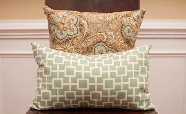 No Zipper Envelope Pillow Tutorial & No Zipper Envelope Pillow Tutorial - The Thrifty Abode pillowsntoast.com