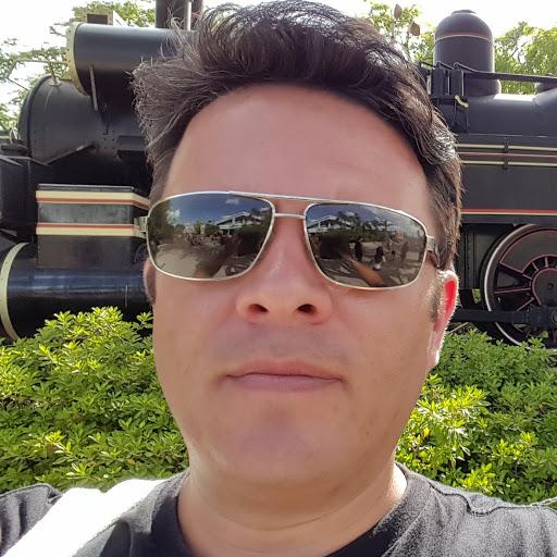 Peterson Santos picture