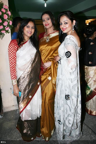 Many of the couple's friends from the TV fraternity were in attendance. Seen here are Nehal, Jassi and Gunjan.