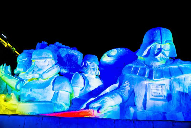 さっぽろ雪まつり 雪のスターウォーズ ライトアップ 写真2