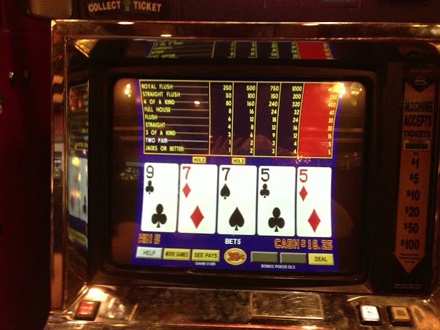 Video Poker at El Cortez