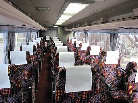 四国高速バス「さぬきエクスプレス八幡浜」・233 車内