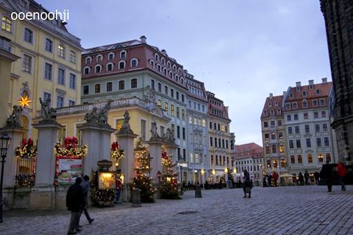 ドレスデン・クリスマスマーケットの風景