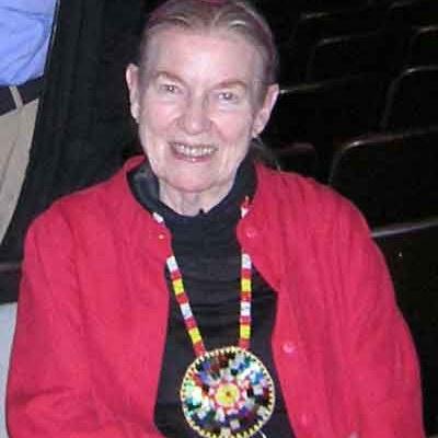 Monica Dickerson Photo 22