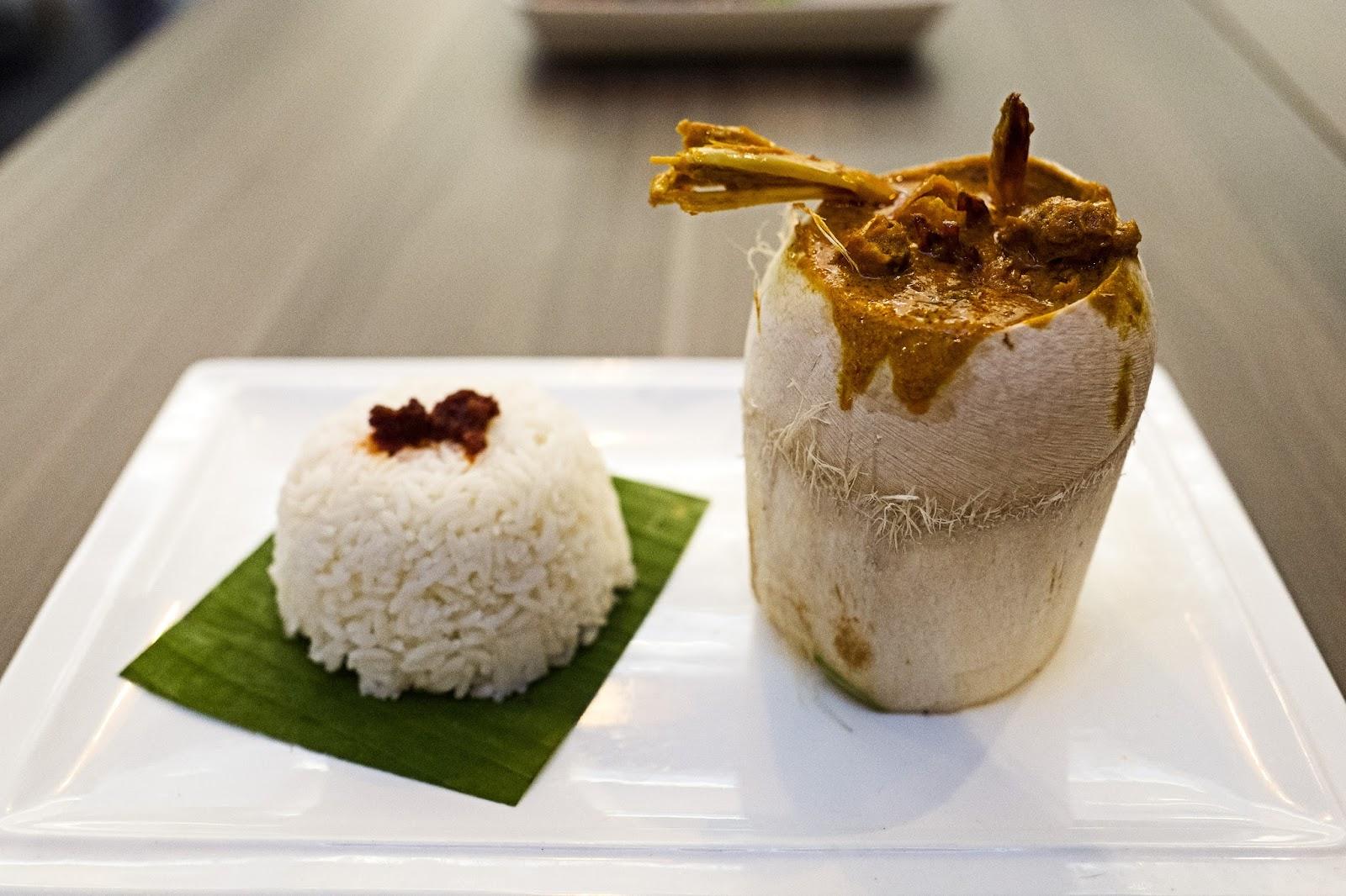 f-coconut-L1050638.jpg