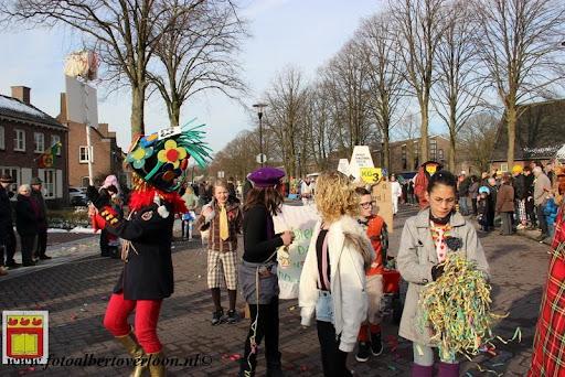 Carnavalsoptocht overloon 10-02-2013 (53).JPG