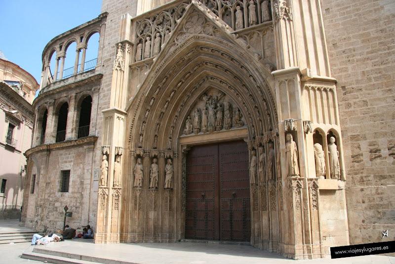 Foto de la La puerta de los Apóstoles