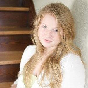 Heather Zurowski Photo 6