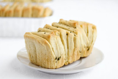 photo of a mini pull apart bread on a plate