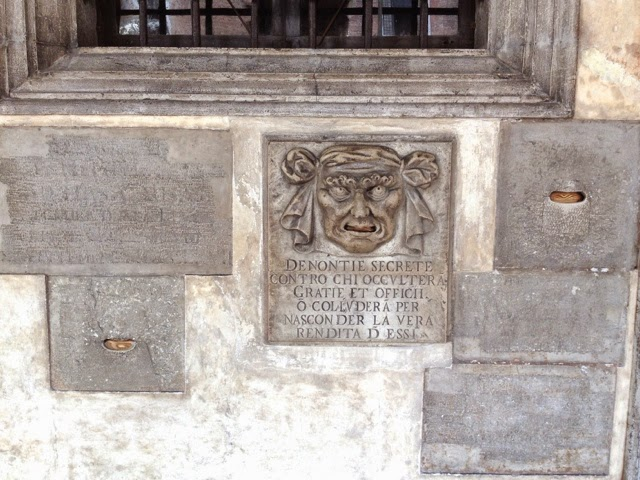 Picture of Bocca di Leone in Doge's Palace, Venice.