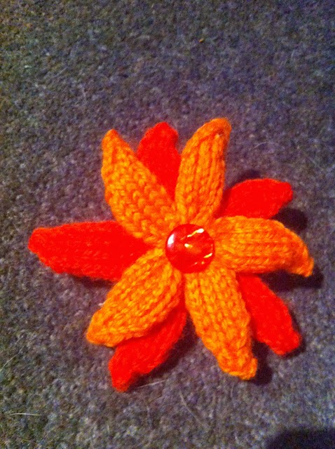 Knitted Flowers - Free Patterns | The Knit Guru