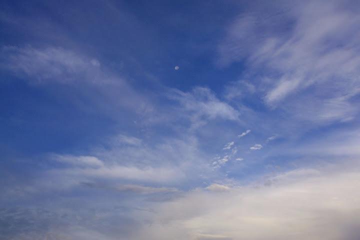 天を舞う朱雀の雲