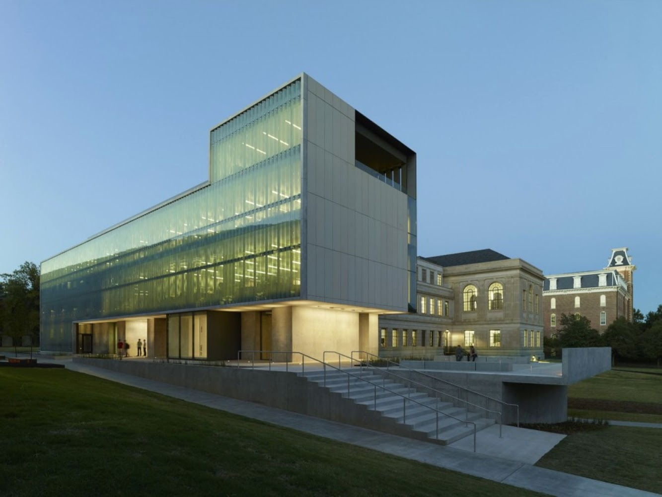 University of Arkansas, Fayetteville, Ar 72701: Steven L Anderson Design Center by Marlon Blackwell Architect