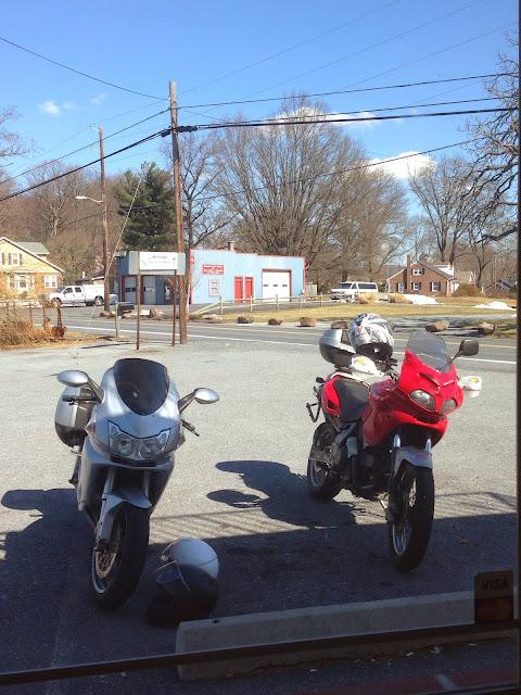 nyducati tigho rides to lancaster county in amish country with a cagiva gran canyon