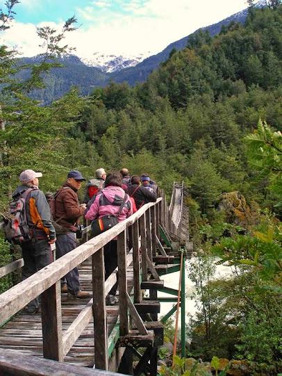 Puente colgante-ruta ventisquero colgante-el Queulat