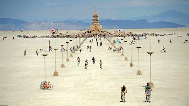 Burning Man fiesta