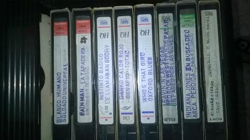 Vendo cintas VHS de películas no