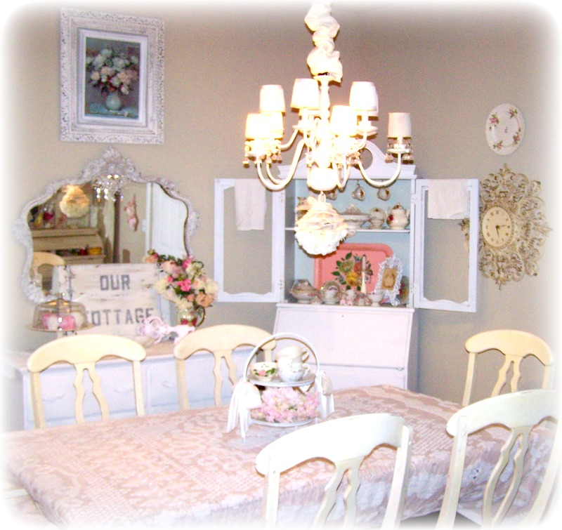 Olivia 39 s romantic home shabby chic cottage dining room - Shabby chic dining rooms ...