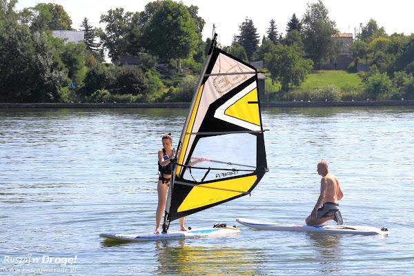 Windsurfing - i jak tu pływać skoro nie ma wiatru ;)