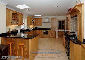Tủ bếp bằng gỗ tự nhiên đẹp