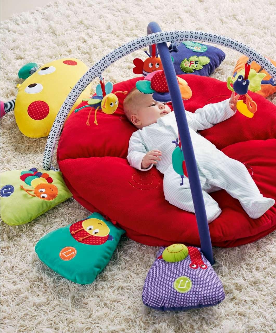 đồ chơi phù hợp cho trẻ từ 3 - 6 tháng tuổi
