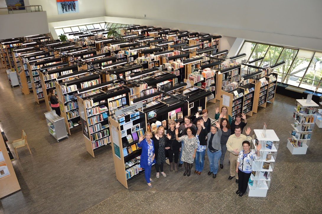 Vaanta libary, group photo