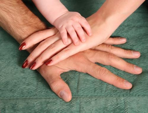 mani famiglia