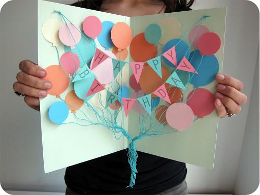 Cartão de aniversário artesanal