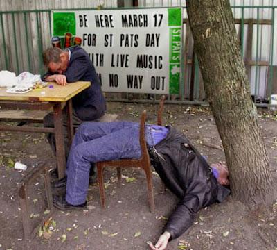 Dois bêbados