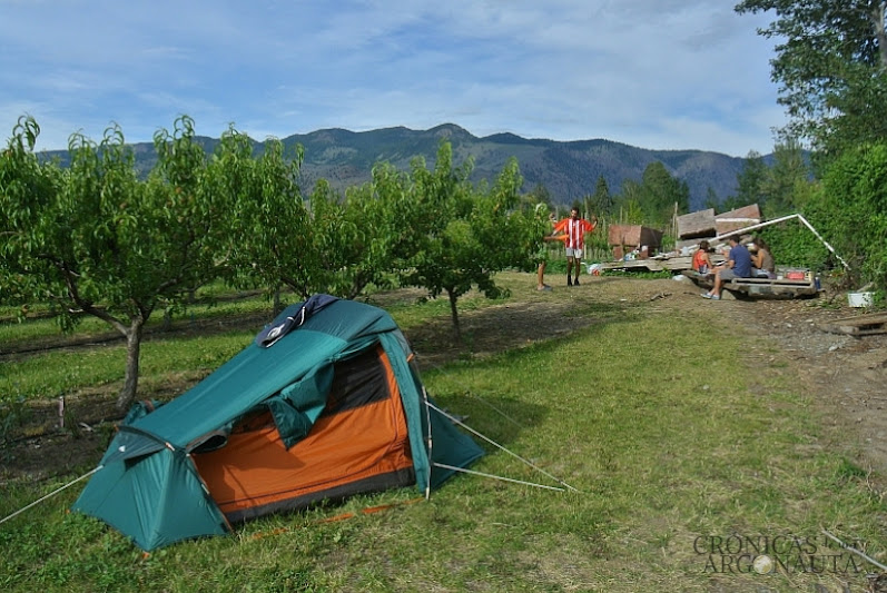 acampada en una granja de Keremeos