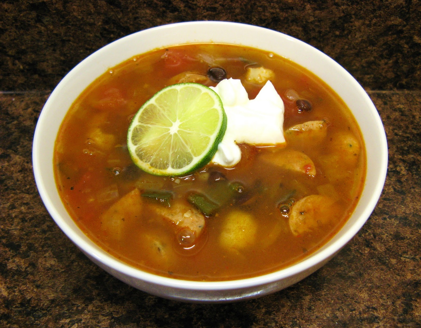 ... -Fed Newlyweds: Tex-Mex Chicken Sausage, Black Bean, and Hominy Soup
