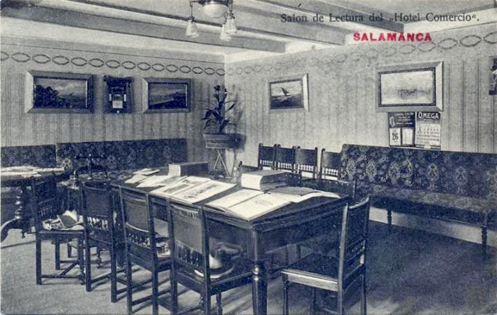 Postal del Hotel Comercio. Salón de Lectura